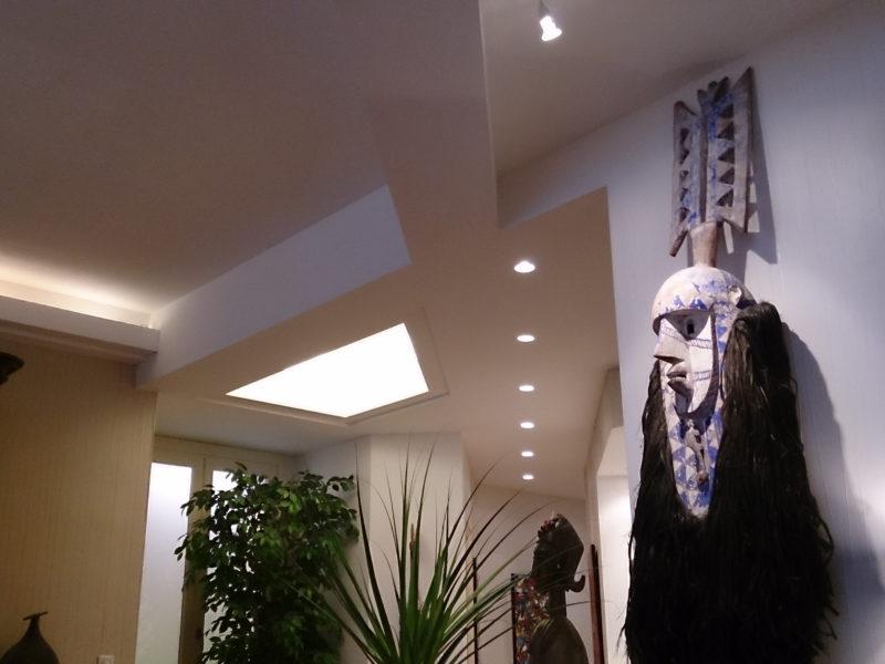 couloir moderne plaque de platre